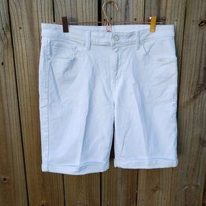 Levi's Men's white Jean Shorts Size 32